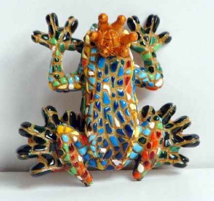 Barcino Designs Queen Frog Magnet 17213